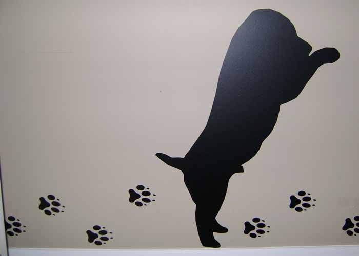 dog-vinyl-wall-decal-stickers-on-wall-with-pawsextension-pg.jpg