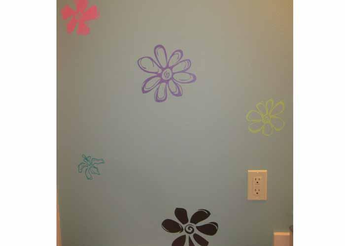 flower-vinyl-wall-decals-in-bathroomextension-pg.jpg