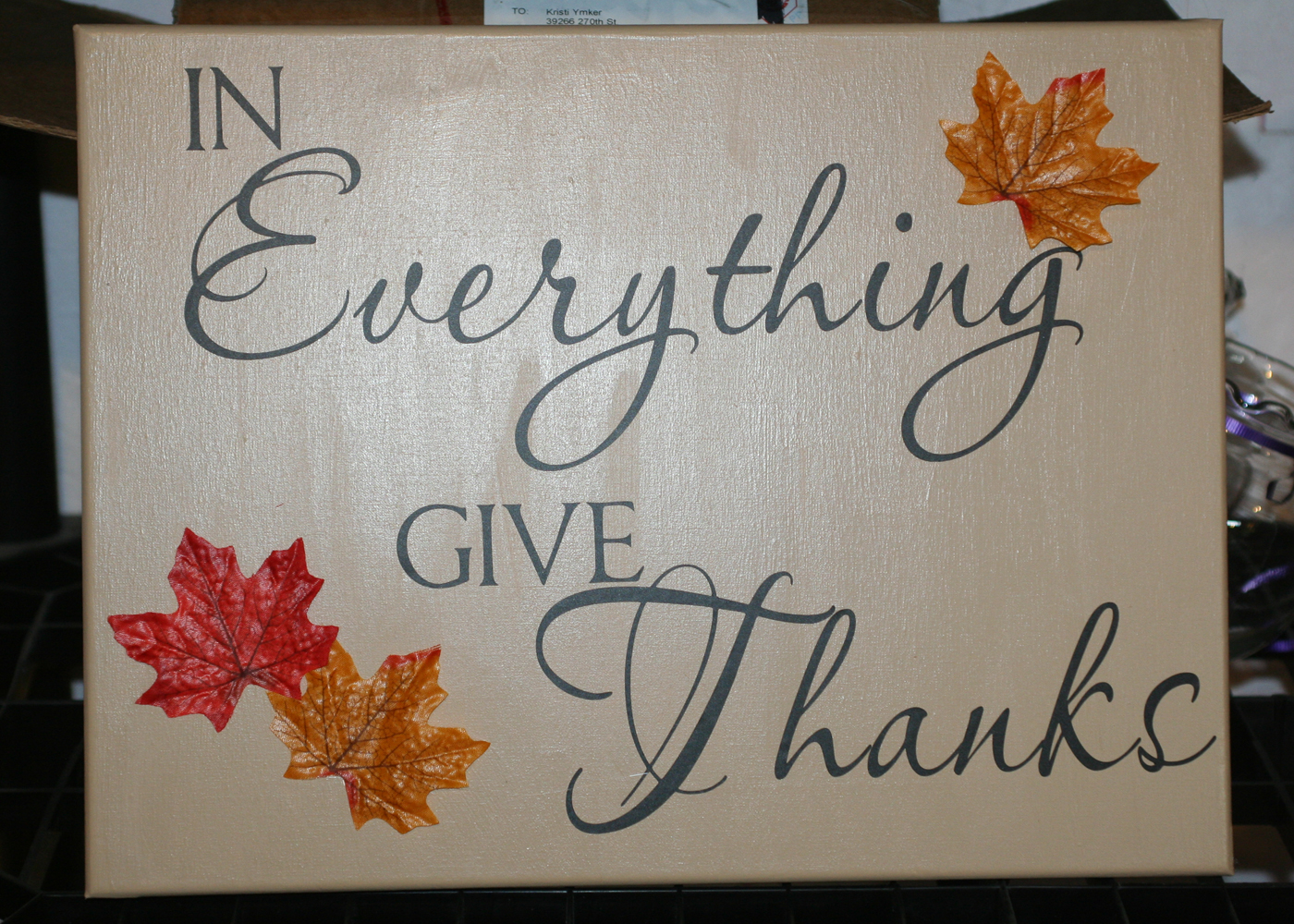 in-everything-give-thanks-kitchen-wall-decor-quote.jpg