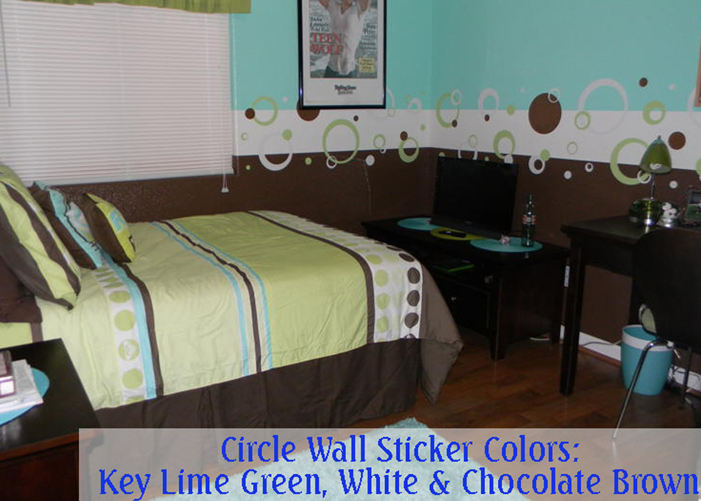 key-and-white-wall-circles-in-bedroom.jpg