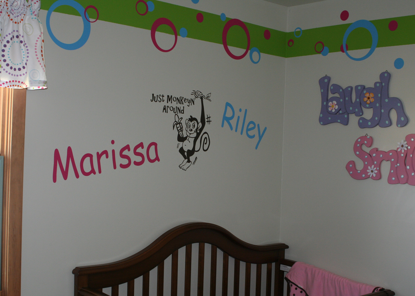 kids-name-wall-decals-personalized.jpg