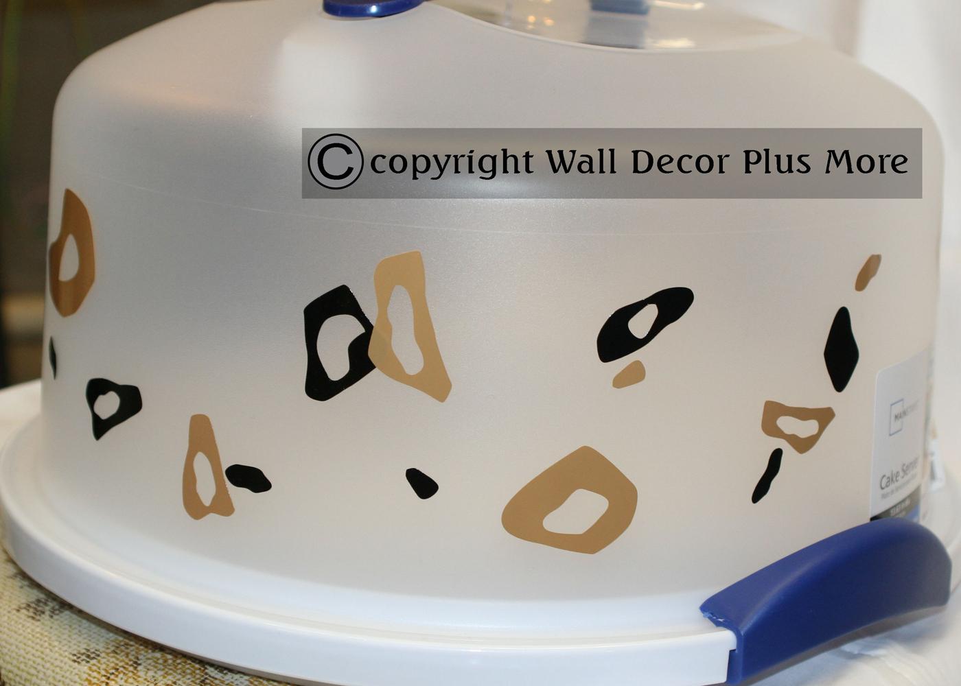 leopard-tiny-vinyl-circles-glossy-on-cake-server.jpg