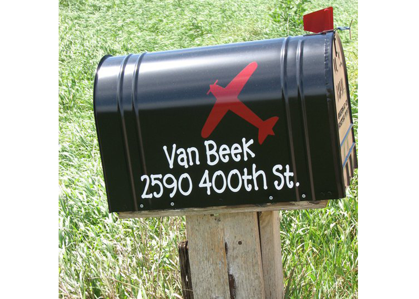 mailbox-jumbo-customized-with-airplane-viny-decals.jpg