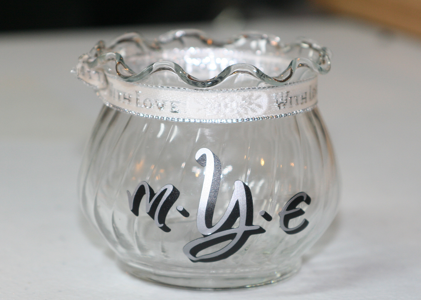 monogram-vinyl-lettering-with-dots-for-jars-glasses.jpg