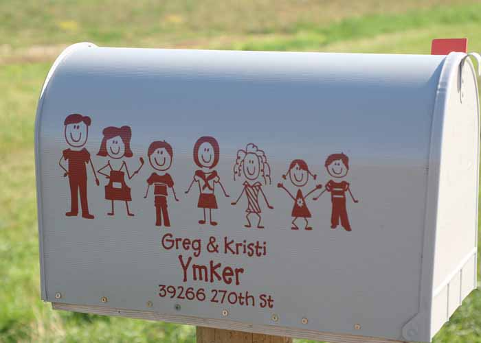 stick-people-vinyl-decals-on-white-mailboxextension-pg.jpg