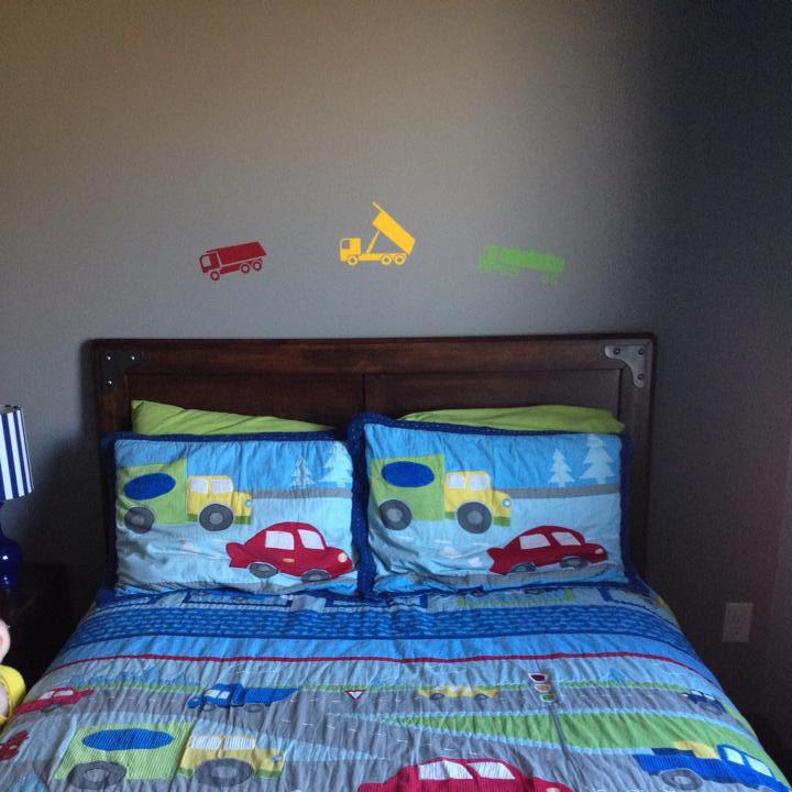 trucks-in-boys-bedroom-wall-sticker-cropped.jpg