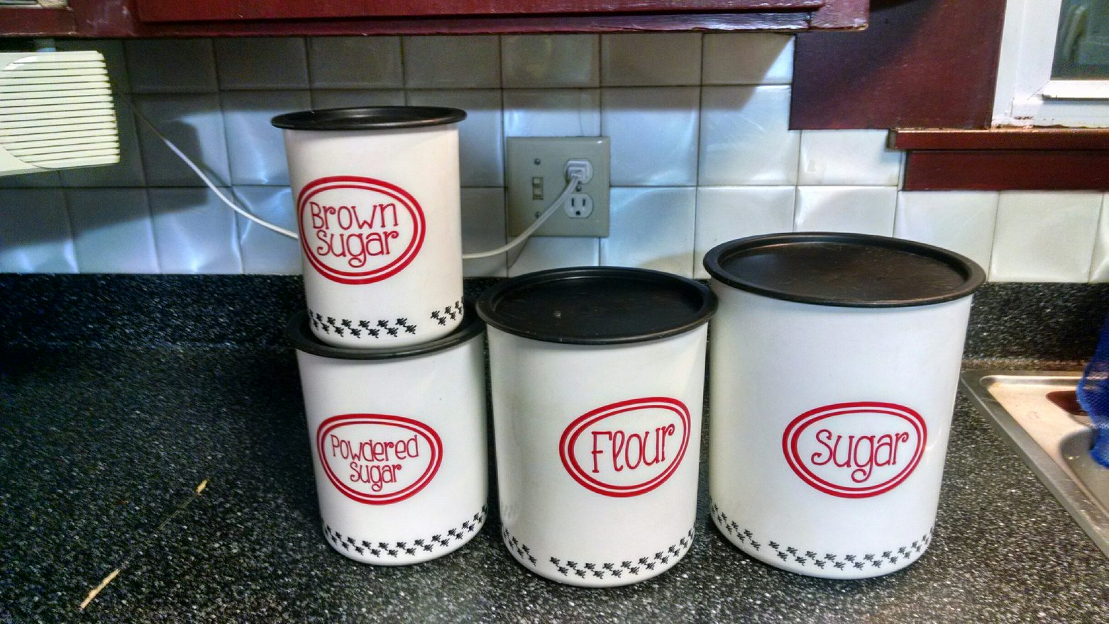 vinyl-decal-personalized-canister-labels-for-the-kitchen.jpg