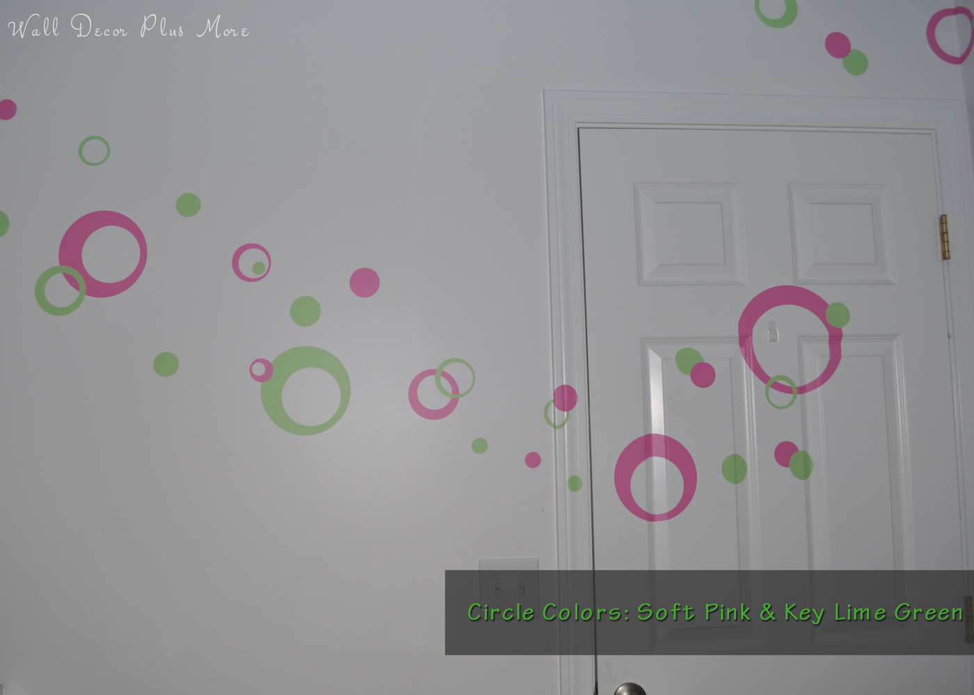 wall-decal-sticker-rings-circles-dots-in-girls-room-pink-green-2.jpg