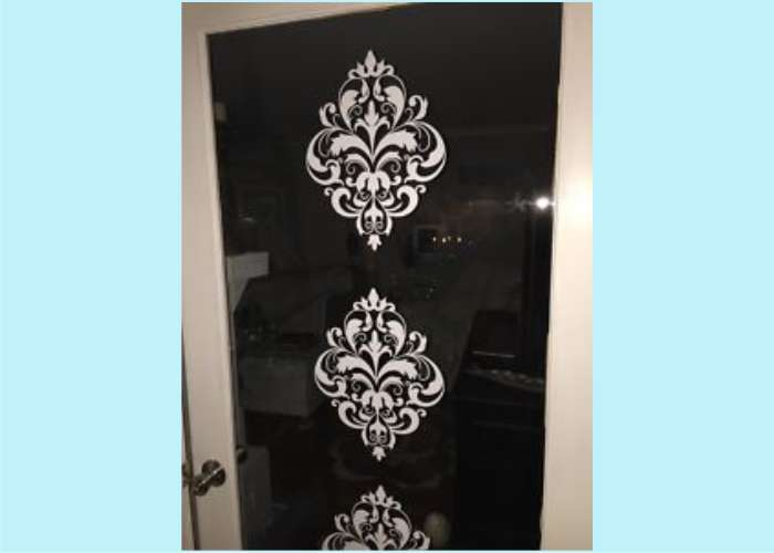 wd092-vintage-floral-on-glass-door.jpg