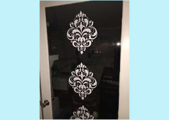 wd092-vintage-floral-on-glass-door.jpg