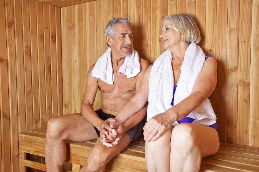 Use an Infrared Sauna at Home as Part of Your Healthy Aging Routine