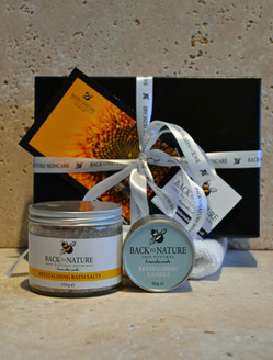 Revitalising aromatherapy bath salts gift pack
