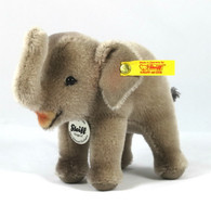 FAO Schwarz Elephant EAN 682568
