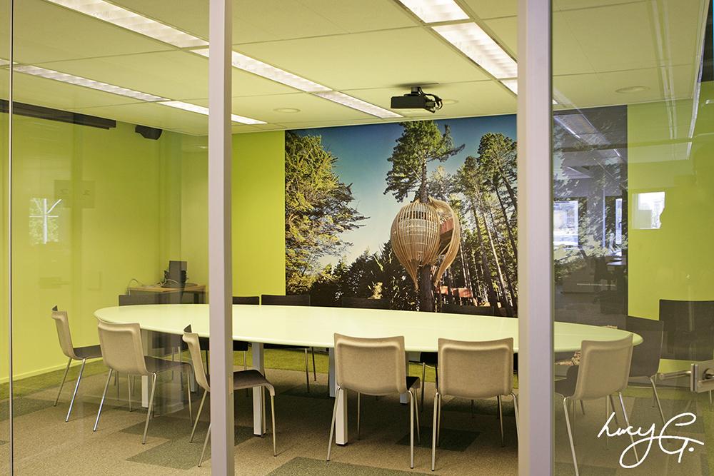 treehouse-restaurant-mural.jpg