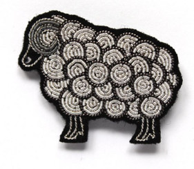 MACON & LESQUOY LARGE SHEEP PIN (SILVER)
