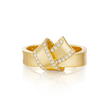 Diamond Pave Perimeter Knot Ring in Yellow Gold