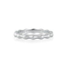 Pebbles Band in White Gold
