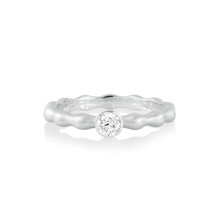 Pebbles Solitaire Diamond Band in White Gold