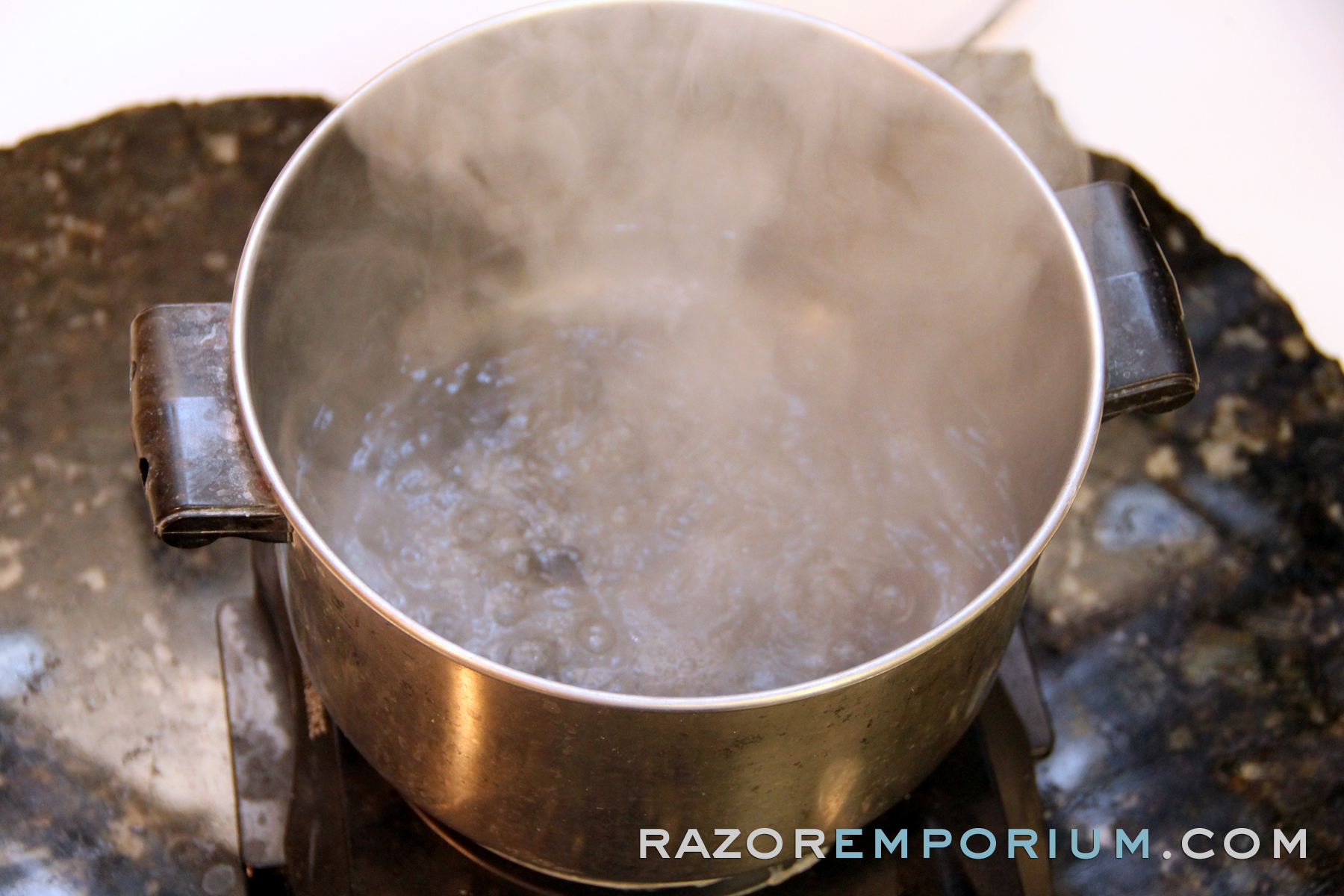 safe silver razor patina removal razor emporium. Black Bedroom Furniture Sets. Home Design Ideas