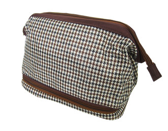 Men's Zipped Wash Bag - £1.50