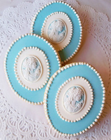 Vintage Cameo Cookie - One Dozen