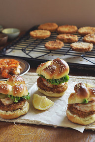 Fried Green Tomato and Shrimp Sliders - (Free Recipe below)