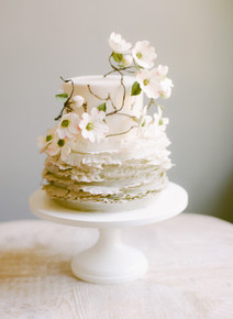 Dogwood Elegance Wedding Cake