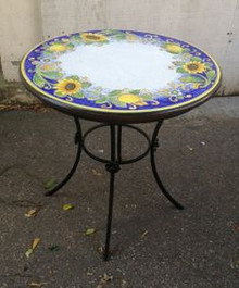 Small Round Italian Table w/ Iron Base - 26""