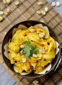 Big Hot Curry Noodle Pot - (Free Recipe below)
