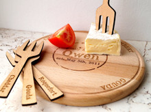 Personalized cheese board and cheese markers