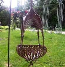 Avante Large Iron Hanging Wall Planter Basket