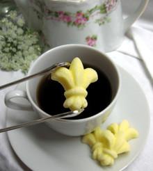 Elegant Fleur De Lis Shaped Sugar Cubes - 3 Dozen