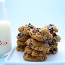 Vegan Peanut Butter Oatmeal Chocolate Chip Cookies - One Dozen