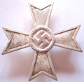 WW2 German 1939 War Merit Cross 'Kriegsverdienstkreuz' 1st Class without Swords (Front)