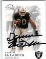 DARREN McFADDEN OAKLAND RAIDERS AUTOGRAPHED FOOTBALL CARD #11613E