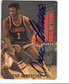 OSCAR ROBERTSON MILWAUKEE BUCKS AUTOGRAPHED BASKETBALL CARD #12513J