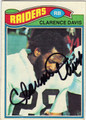 CLARENCE DAVIS OAKLAND RAIDERS AUTOGRAPHED VINTAGE FOOTBALL CARD #21413A