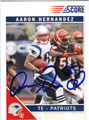 AARON HERNANDEZ NEW ENGLAND PATRIOTS AUTOGRAPHED FOOTBALL CARD #21913H