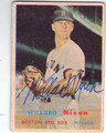 WILLARD NIXON BOSTON RED SOX AUTOGRAPHED VINTAGE BASEBALL CARD #41513B