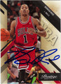 DERRICK ROSE AUTOGRAPHED ROOKIE BASKETBALL CARD #52612A