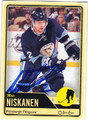 MATT NISKANEN PITTSBURGH PENGUINS AUTOGRAPHED HOCKEY CARD #80713F