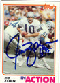 JIM ZORN SEATTLE SEAHAWKS AUTOGRAPHED VINTAGE FOOTBALL CARD #81413D