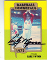 EARLY WYNN CLEVELAND INDIANS AUTOGRAPHED VINTAGE BASEBALL CARD #82213A