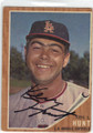 KEN HUNT LOS ANGELES ANGELS AUTOGRAPHED VINTAGE ROOKIE BASEBALL CARD #32314J