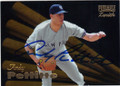 ANDY PETTITTE NEW YORK YANKEES AUTOGRAPHED BASEBALL CARD #52014H