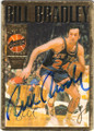 BILL BRADLEY NEW YOEK KNICKS AUTOGRAPHED BASKETBALL CARD #40915E