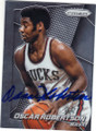 OSCAR ROBERTSON MILWAUKEE BUCKS AUTOGRAPHED BASKETBALL CARD #82715C