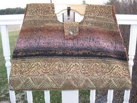 Large Carpetbag B02-01