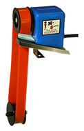 """Wayne Products Flat Belt Mini-Skimmer, DBS 10RPM, 8"""" Reach - 37800"""