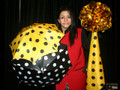 Polka Dot Silks and Umbrellas by Tora Magic (with DVD)